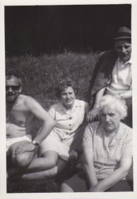 S rodiči a sestrou