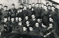 Vojenské učiliště v Praze, rok 1953 (Alois Kubiš je v prostřední řadě druhý zleva).