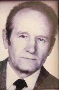Manžel Viktor Eliáš, který byl několik let vězně v jáchymovských uranových dolech