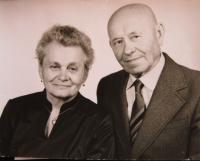 Rodiče Věra a Alexandr Lucukovi
