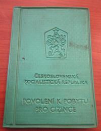 Cizinecký průkaz Josefa Čočka, který byl po soudu zbaven státního občanství a to až do rehabilitace v roce 1991
