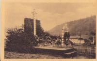 Hrob mrtvých mužů z Javoříčka krátce po vypálení obce (2)