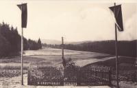 Hrob zavražděných mužů z Javoříčka