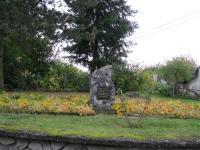 Památník ve Veselíčku