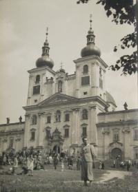Jan Jančí přibližně v roce 1944 u Svatého Kopečku v Olomouci