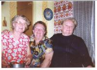 The sisters (Marie on the right-hand side)