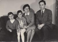With his family at the parish house in Kdyně