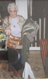 Matka pamětnice Kina Bairová