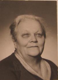 Maminka pamětnice Marie Vlčková (Zapletalová)