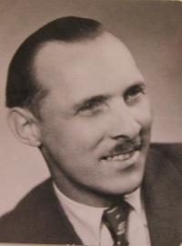 Manžel Josef Čech