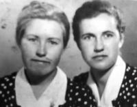 Olga Krywenka and Nadia Ratuszna