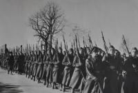 Pochod letecké akademie / Havlíčkův Brod / 1945