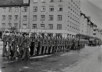 Pochod letecké akademie / Hradec Králové / asi 1946