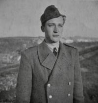 Poručík Antonín Zelenka / 1948