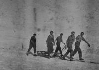 Studenti letecké akademie na kondiční dovolené v Krkonoších / asi 1947
