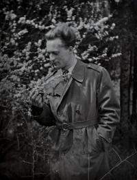 Antonín Zelenka přibližně rok po propuštění z vězení / 1955