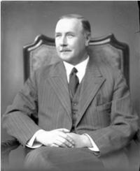 Otec Jiří hrabě Sternberg