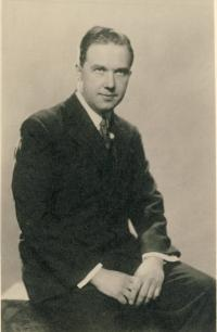 Otec Alexandar Gjurić
