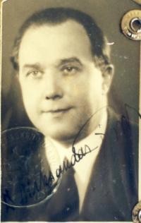 Poslední otcova fotografie z Bělehradu