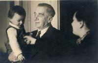 Bratr s dědečkem