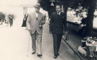 Otec s ministerským předsedou Antonínem Švehlou