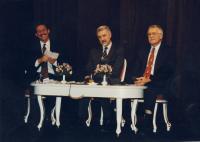 Předvolební mítink - 1996