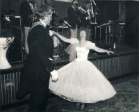Ples Dostavníku