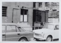 Okna kotelny Metrostavu (květen 1983)