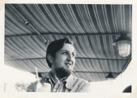Agent hledí do Rakouska (8. 5. 1971)