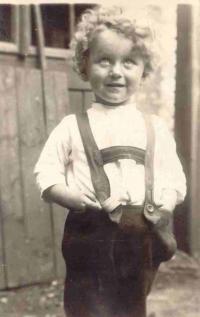 Stanislav Hylmar jako čtyřletý