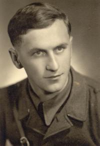 Stanislav Hylmar - portrét z května 1945