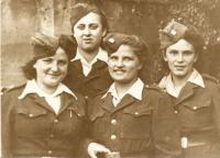Zleva: Libuše Nováková - Maňhalová, Olga Černá - Sitařová, Naděžda Brůhová, Evženie Vyletělová - Luhačková