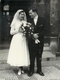 Wedding picture of Milena Hypšová and Jiří Blatný, summer 1958