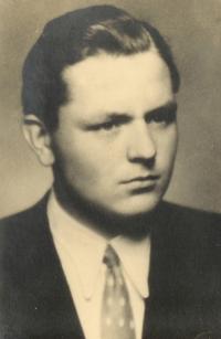 Fotografie z maturitního tabla, rok 1948
