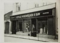 Leopold Rosenfelder a syn, obchod v Netolicích