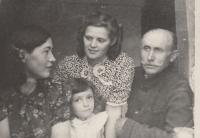 From the left: Růžena Biněvská, daughter of general Kratochvíl with her little daughter, Lucian Morozovič