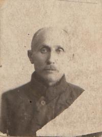 Tatínek Lucian Morozovič
