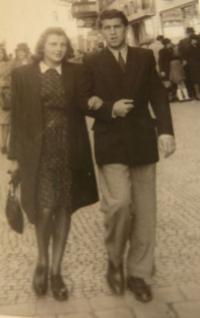 Helena a Zdeněk krátce po seznámení