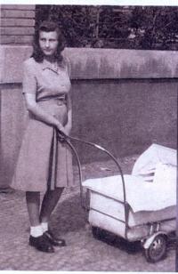 Helena se synem, 1948