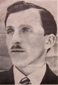 Otec Jindřich Tkáč, který byl popraven za podporů partyzánů brigády Jana Žižky z Trocnova