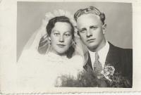 A marriage with Milada Vizinová, May 1946