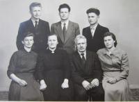 Rodina Stanzelova