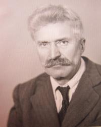 Otec Josef Stanzel