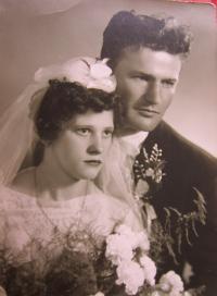 Svatební fotografie Františka a Christen Stanzelových