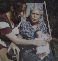 Pamětnice s maminkou a dcerou