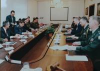 03 Jednání s vojenskou delegací USA před vstupem do NATO