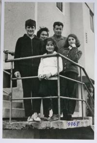 s rodinou - 1968