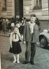 Anna s bratrem Rudolfem