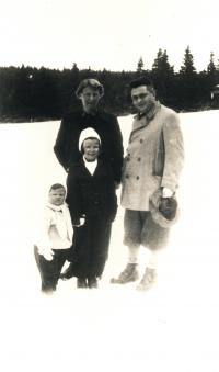 Marie, Otto, Helena a Eva Fischlovi 1936