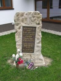 Pomník Stanislava Janečky, vzoru Aloise Dubce, Vlachová Lhota 2013